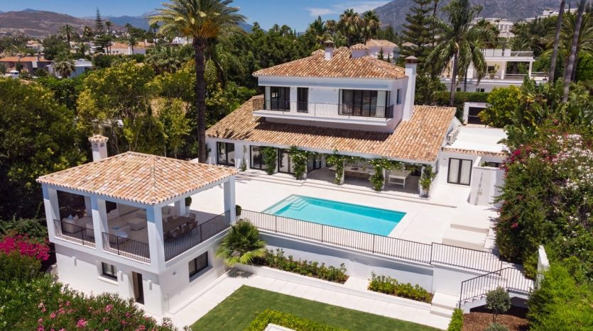 Marbella's most prestigious golf courses with panoramic views