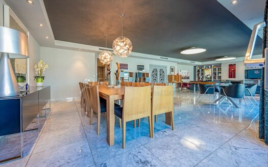 luxurious apartment in one of the best area of Valencia