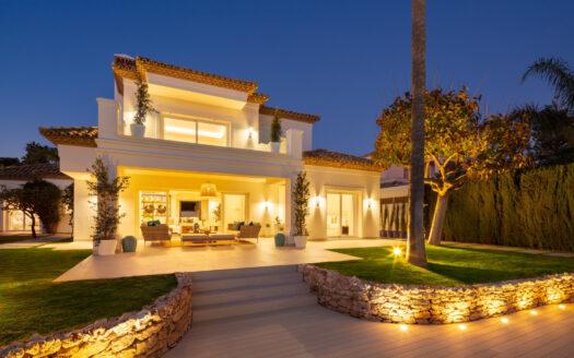 beautifully renovated frontline golf villa