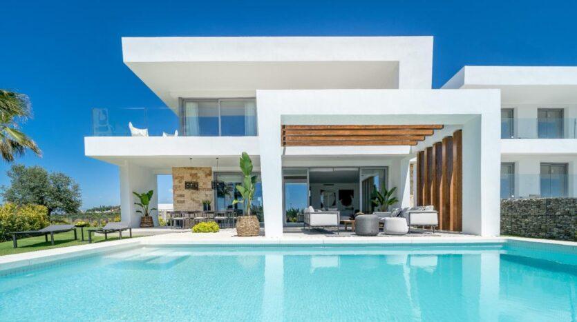 property for sale luxury villa