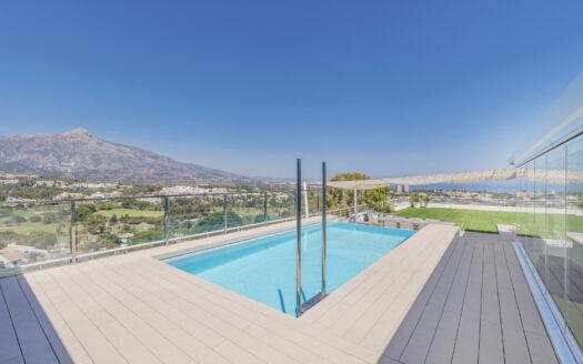 Duplex Penthouse in Nueva Andalucia - La Corniche