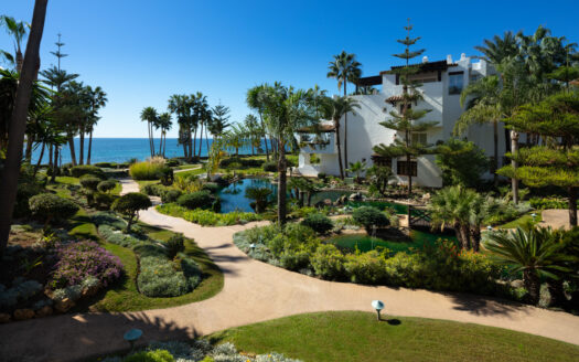 beachside apartment on Marbella's Golden Mile,