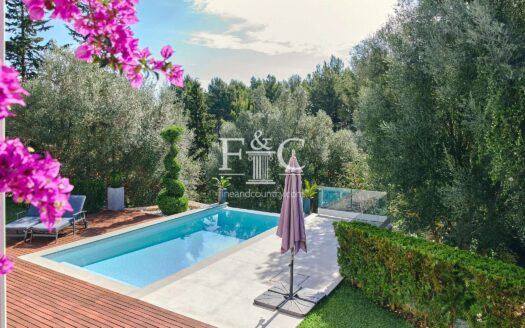 5 Bed Modern Family Villa in Rotgetes de Canet For Sale